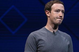 Facebook mua cả trang báo giấy để đăng lời xin lỗi