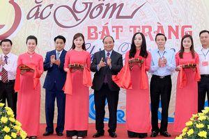 Thủ tướng: Xây dựng Bát Tràng trở thành làng nghề kiểu mẫu