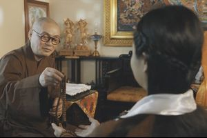 Thầy trụ trì chùa Hương Thích Minh Hiền đóng MV cho Nguyễn Thu Hằng