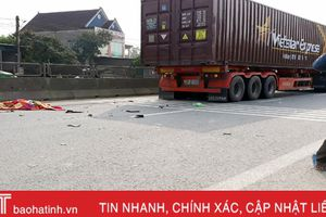 Va chạm với xe container, 1 người chết, 1 người bị thương nặng