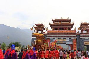 Vĩnh Phúc: Linh thiêng mở hội Quốc mẫu Tây Thiên