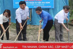 Huyện đoàn Nghi Xuân khởi công xây nhà tình nghĩa cho hộ nghèo