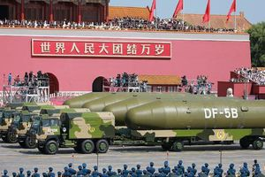 Tường tận sức mạnh tên lửa ICBM nguy hiểm mạnh nhất Trung Quốc