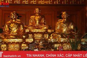 Choáng ngợp những pho tượng dát vàng tại điện Trần ở Hà Tĩnh