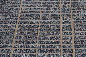 Chiêm ngưỡng các bãi đậu 350.000 ô tô diesel bị thu hồi của Volkswagen