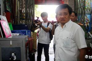 Ông Đoàn Ngọc Hải đề xuất lắp thang thoát hiểm cho 1 chung cư cũ trước 1975