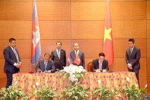 Ký kết Hiệp định tránh đánh thuế hai lần giữa Việt Nam và Campuchia