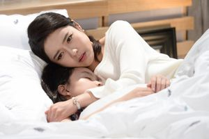 'Người mẹ không tên' - Bộ phim làm thắt tim người xem
