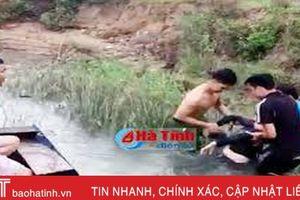 Phát hiện thi thể phụ nữ trôi trên kênh Nhà Lê