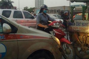 Ùn tắc tại ngã tư Lê Quang Đạo, Mễ Trì: Cần có lực lượng chức năng phân luồng