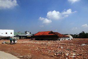 San lấp ngôi nhà ngập suốt 10 năm ở TP. HCM