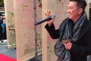 Đàm Vĩnh Hưng hát 'Xin lỗi tình yêu' tại Nhật khiến khán giả phấn khích