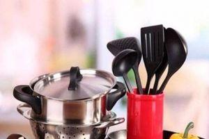 Dụng cụ nấu ăn nơi chứa nhiều chất độc đáng sợ có thể gây chết người