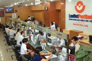 Con trai ông Nguyễn Đức Hưởng nâng sở hữu của gia đình lên 5,8%tại LienVietPostBank
