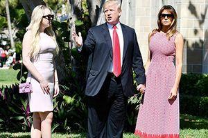 Vì sao Tổng thống Donald Trump luôn mặc quần ống rộng?