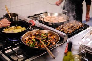 10 chất độc hại tiềm ẩn trong dụng cụ nấu ăn hàng ngày