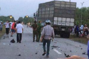 Thừa Thiên - Huế: Va chạm với xe tải, 2 thanh niên chết thương tâm