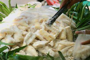 'List' những món ăn vặt hấp dẫn từ khoai mì nổi tiếng nhất trên đường phố Sài Gòn