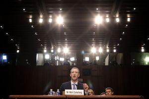 5 điểm đáng chú ý trong buổi 'hầu tòa' của Mark Zuckerberg về scandal Facebook