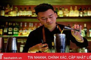 Báo Pháp viết về chàng bartender người Việt và món cocktail mang hương vị phở