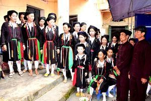 Hát Sình ca – nét văn hóa độc đáo của dân tộc Sán Chay