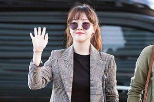 Những kiểu trang phục sân bay thoải mái của dàn sao Hàn