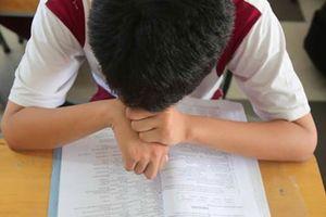 Nam sinh lớp 10 tự tử vì áp lực học hành và câu chuyện 'con mệt mỏi và chán lắm rồi mẹ ơi!'