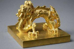 Bộ sưu tập ấn và kiếm vàng quý hiếm triều Nguyễn