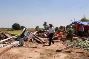 Mưa đá, kèm theo lốc xoáy ở Đắk Lắk khiến hơn 600 nhà dân bị tốc mái, sập