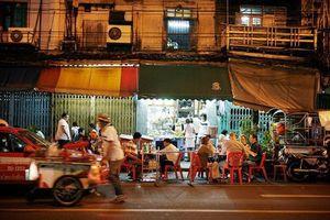 Quán ăn vỉa hè sang chảnh, giá chát, chỉ phục vụ 50 khách/ngày