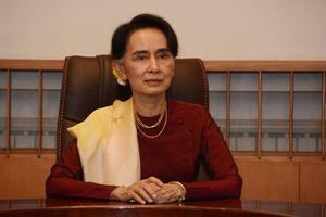 Chân dung Aung San Suu Kyi, cố vấn cao cấp của Myanmar