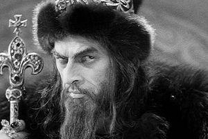 Vì sao Sa hoàng Nga Ivan IV có biệt danh 'Ivan Khủng khiếp'?