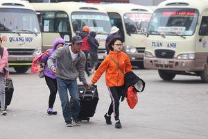 Hà Nội: Hành khách không phải chen lấn tại các bến xe ngày 27 Tết