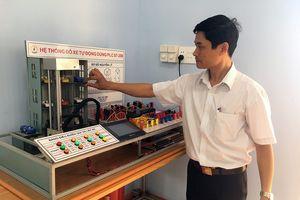 Thầy giáo sáng tạo mô hình Hệ thống đỗ xe tự động