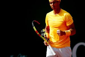 Hạ gọn Bedene, Nadal theo sau Djokovic vào vòng 3 Monte Carlo