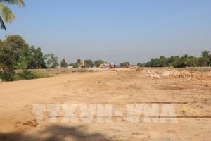 Xử lý việc chậm làm thủ tục cấp Giấy chứng nhận quyền sử dụng đất