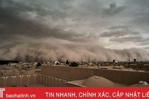 Bão cát tấn công thành phố Yazd của Iran