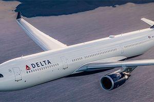 Mỹ: Máy bay hạ cánh khẩn cấp vì động cơ bốc cháy