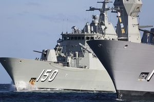Trung Quốc 'thách thức nghiêm trọng' 3 chiến hạm Úc trên đường tới Việt Nam