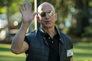 Vì sao Jeff Bezos không bao giờ hài lòng với thành công của Amazon?
