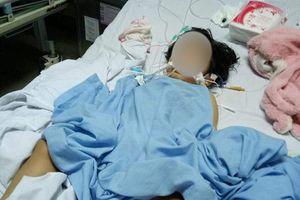 Nghi vấn bé 2 tuổi bị đánh chấn thương sọ não tại lớp học?