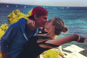 Bạn gái cũ lên tiếng về cái chết của DJ Avicii ở tuổi 28