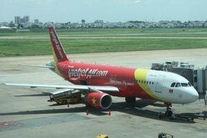 Nhiều chuyến bay đi Vinh bị hủy do thời tiết xấu