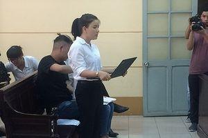 Vụ kiện của diễn viên Ngọc Trinh tiếp tục kéo dài do không có tiền bồi thường