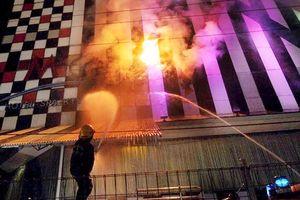 Cháy tiệm hát karaoke ở Trung Quốc, 18 người thiệt mạng