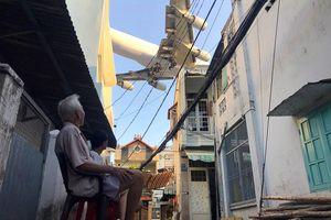 Người Sài Gòn phải sống cạnh sân bay, nhà ga? - Kỳ 1: Dưới 'cánh chim sắt' khổng lồ