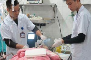 Hơn 4.000 người nhập viện, 13 người chết vì đánh nhau dịp Tết