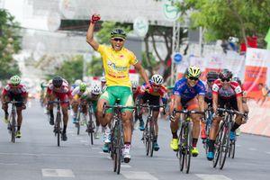 Chặng 25 giải xe đạp Cúp Truyền hình TP.HCM: Nguyễn Thành Tâm đào sâu khoảng cách áo vàng