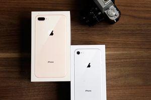 iPhone 8 và 8 Plus chiếm gần nửa lượng iPhone bán ra tại Mỹ