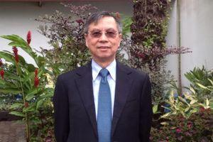 Người có nhiều bằng đại học nhất thế giới đến Hà Nội chia sẻ kinh nghiệm